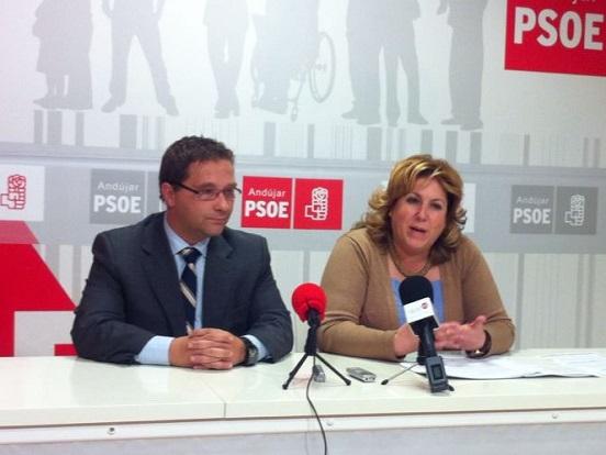 Francisco Huertas y María Ángeles Jiménez en su comparecencia pública.