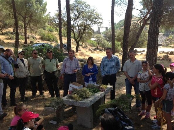 La delegada del Gobierno, Purificación Gálvez, ha asistido a estas actividades, acompañada del delegado territorial de Agricultura y Medio Ambiente, Sebastián Quirós.