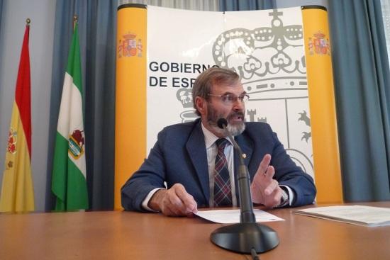 El subdelegado del Gobierno,  Juan Lillo, en rueda de prensa.
