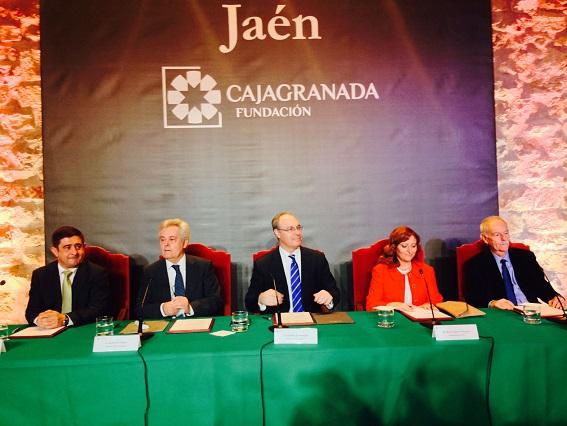 Francisco Reyes, Antonio Jara, Juan Pablo Durán, Reyes Chamorro y Eduardo Mendoza durante este acto.