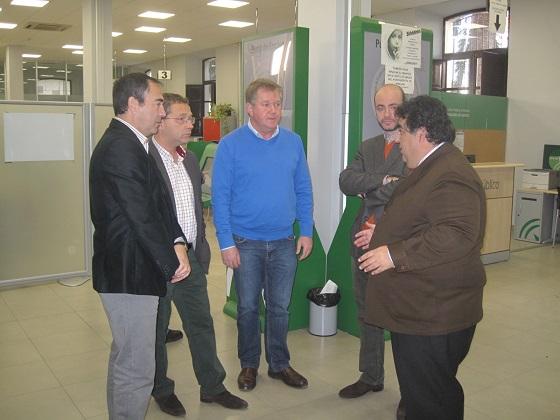 El director de Politicas Activas de Empleo de la Junta, Rafael Moreno, junto a Francisco Huertas y Antonio de la Torre.