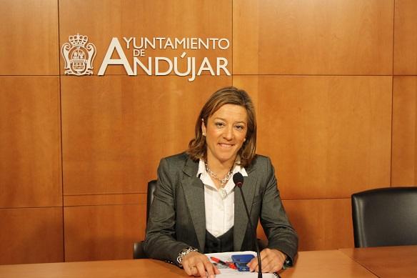 La concejala de Promoción Local, Encarna Camacho, ha presentado este seminario.
