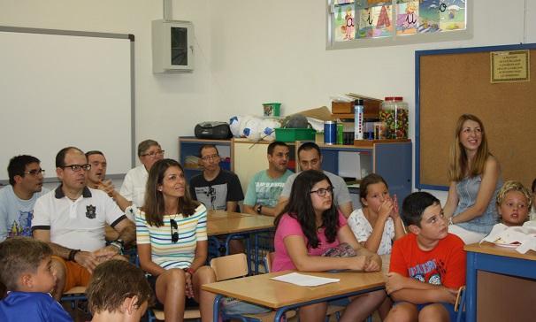 La concejala de Educación, Alma Cámara, asistió a esta jornada de convivencia.