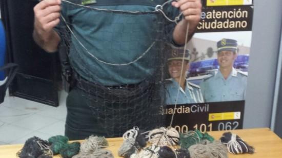 Material incautado al detenido. Foto: Guardia Civil.