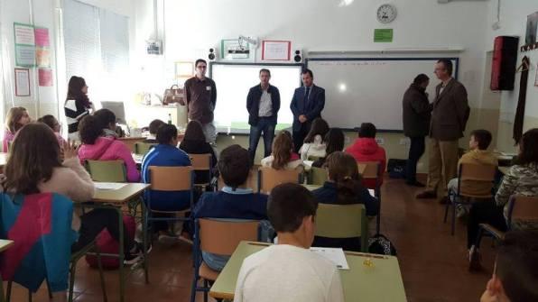 Los alumnos del colegio público Santa Potenciana han participado en una cata de aceites.