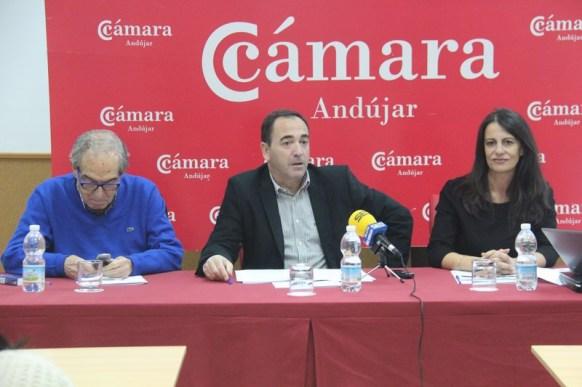 Eduardo Criado, Antonio de la Torre y Ana Peña, en la inauguración de este taller formativo.