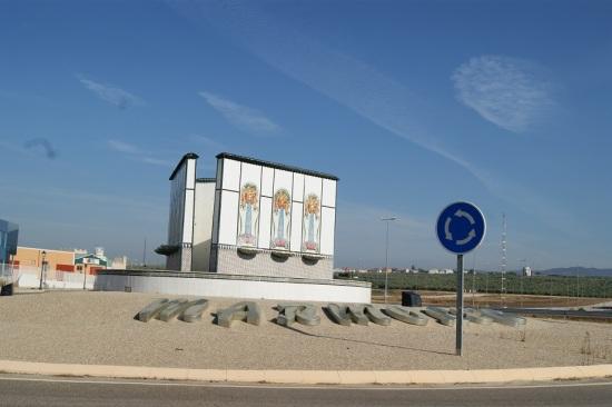 Entrada a Marmolejo desde la Autovía de Andalucía.