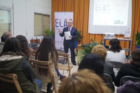 Manuel Rodríguez durante la presentación de su libro.
